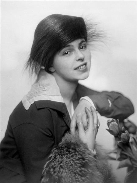 Manja Tzatschewa, 1919 - Nicola Perscheid