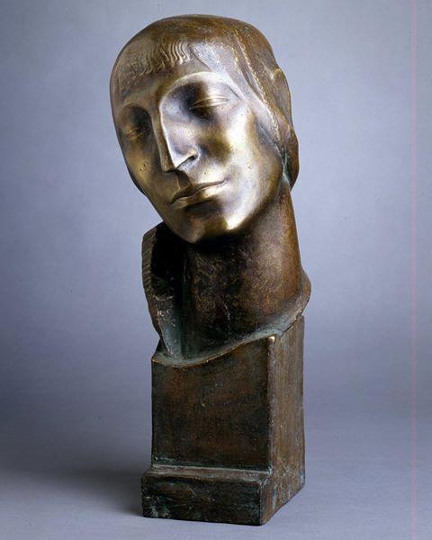 Head of a woman, 1912 - Stanisław Szukalski