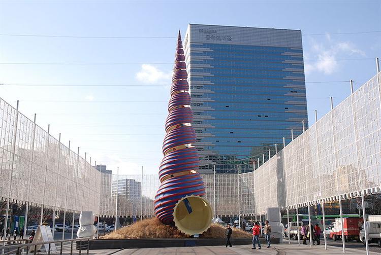 Spring (collaboration with van Bruggen), 2006 - Claes Oldenburg