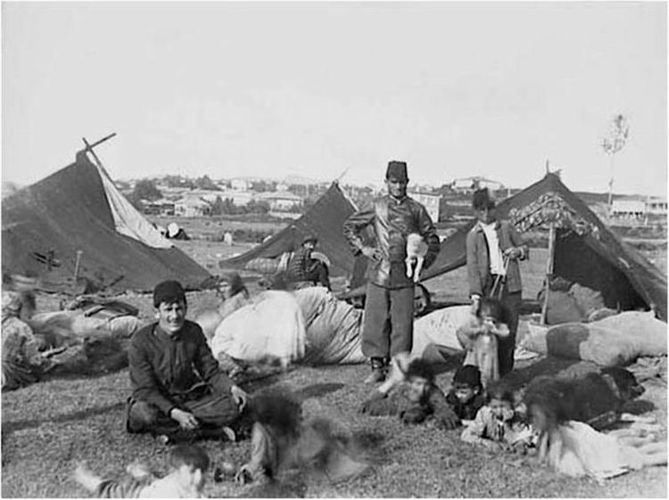 Gipsy Camp, 1910 - David Kakabadze