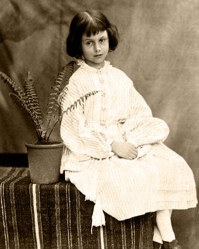 Alice Liddell, 1860 - Lewis Carroll