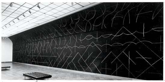 Wall drawing 260 1975 sol lewitt for Minimal art sol lewitt